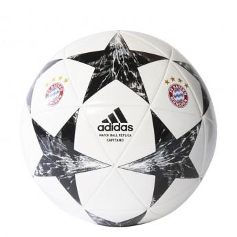 Bayern Mnichov futbal labda final 17
